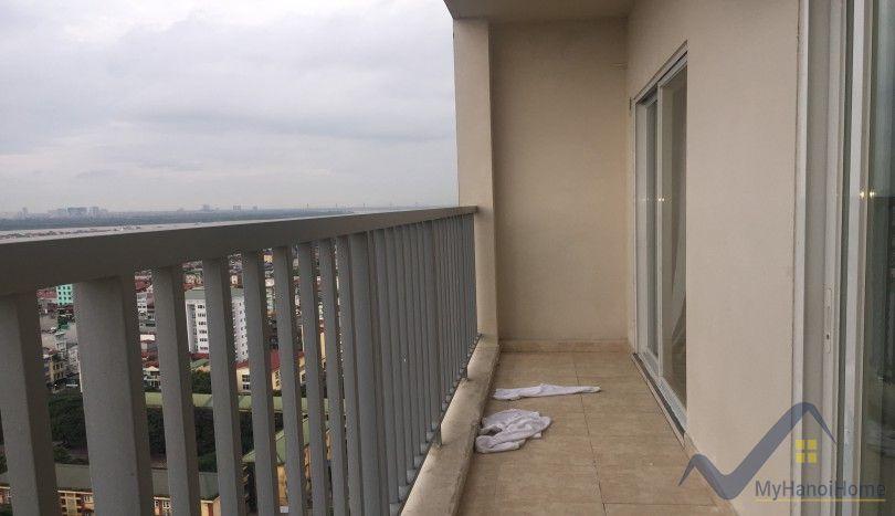 Furnished Berriver Long Bien apartment 2 bedrooms high floor