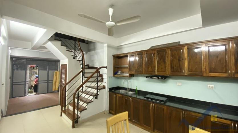 furnished-house-for-rent-in-au-co-street-tay-ho-4-beds-3