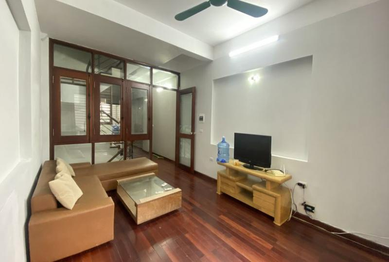 Furnished house for rent in Au Co street, Tay Ho, 4 beds