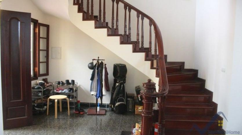 furnished-house-in-long-bien-district-for-rent-with-3-bedrooms-17