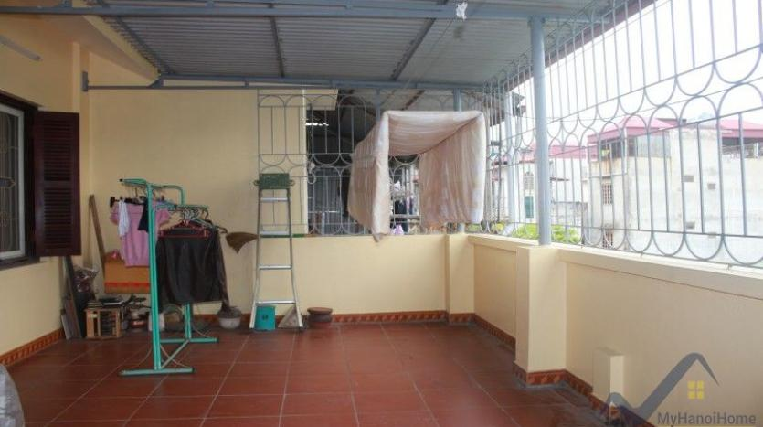 furnished-house-in-long-bien-district-for-rent-with-3-bedrooms-30
