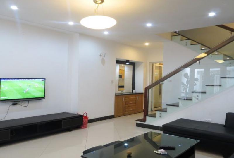 Furnished house in Tay Ho for rent close InterContinental hotel