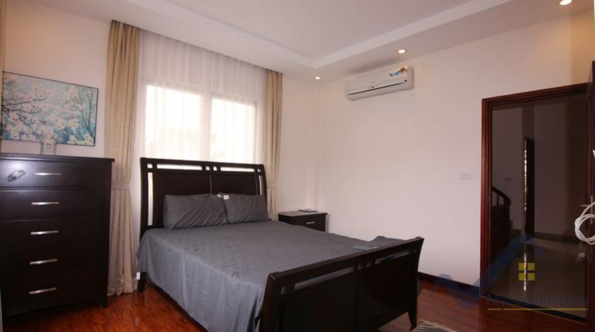 furnished-house-in-vinhomes-riverside-long-bien-rent-in-hoa-sua-22