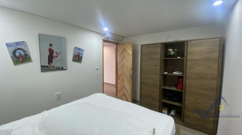 furnished-one-bedroom-apartment-d-le-roi-soleil-tay-ho-for-rent-6