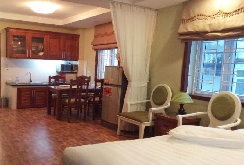 Furnished studio apartment for rent in Tay Ho, Yen Phu area
