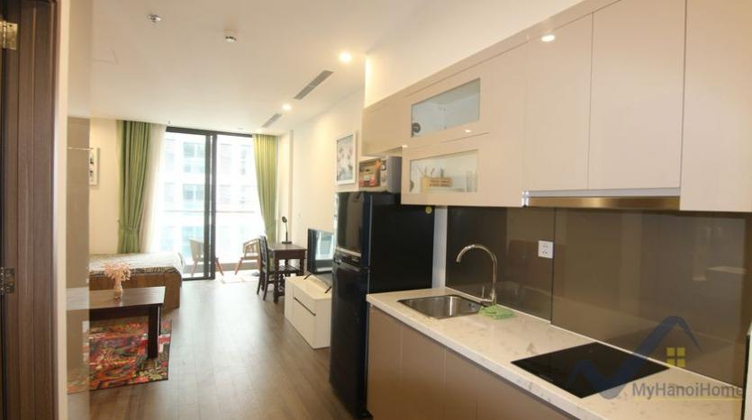 furnished-studio-apartment-in-vinhomes-symphony-with-great-view-39