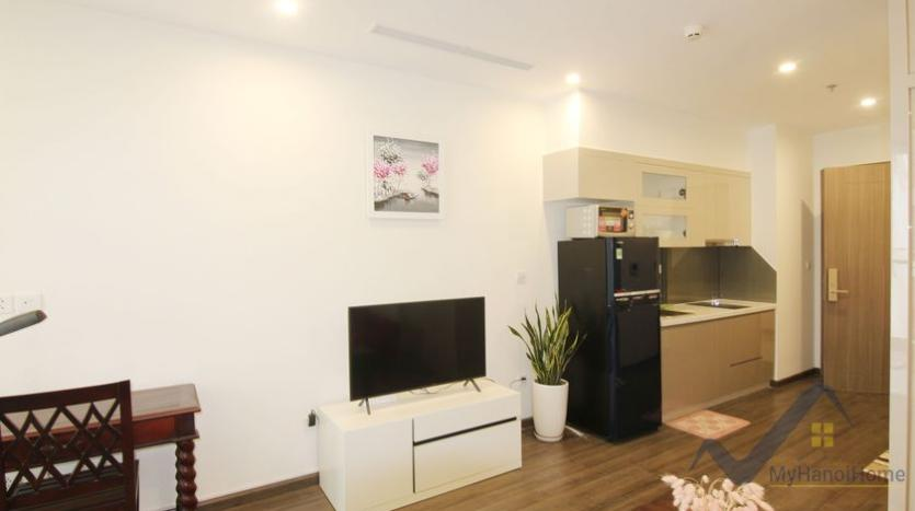 furnished-studio-apartment-in-vinhomes-symphony-with-great-view-42