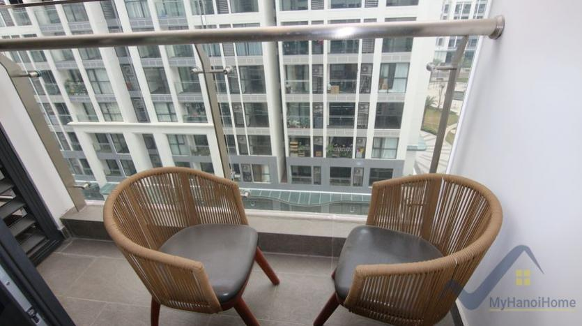 furnished-studio-apartment-in-vinhomes-symphony-with-great-view-44