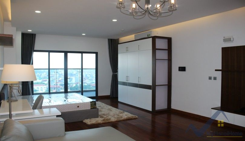 Furnished studio apartment to rent in Trang An Complex Cau Giay