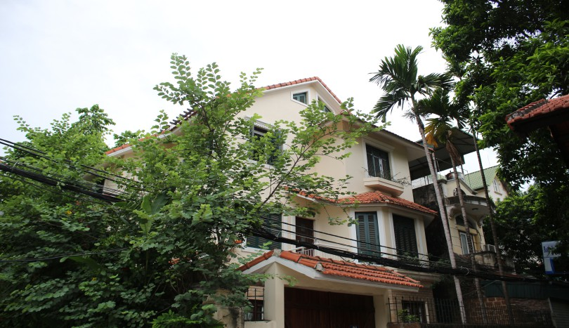 Furnished Tay Ho house rental with 5 bedrooms, large terrace