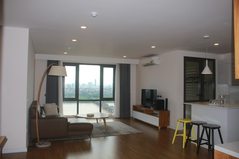 Furnished three bedroom apartment in Mipec Riverside River view