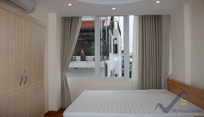 Furnished two bedroom apartment in Tu Hoa Tay Ho for rent