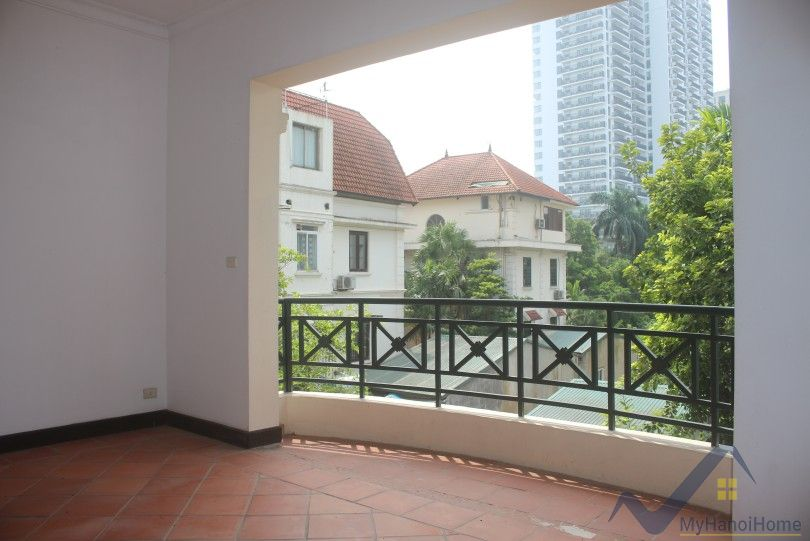 Garden villa for rent in To Ngoc Van Tay ho with swimming pool