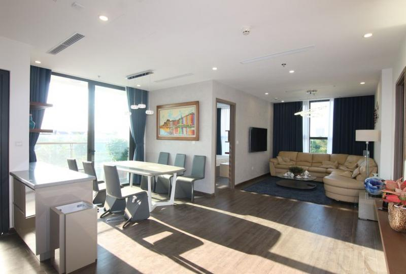 Great view 2 bedroom apartment in Vinhomes Symphony with furnished