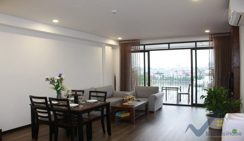 Great Westlake view Xuan Dieu 2 bedroom apartment in Tay Ho