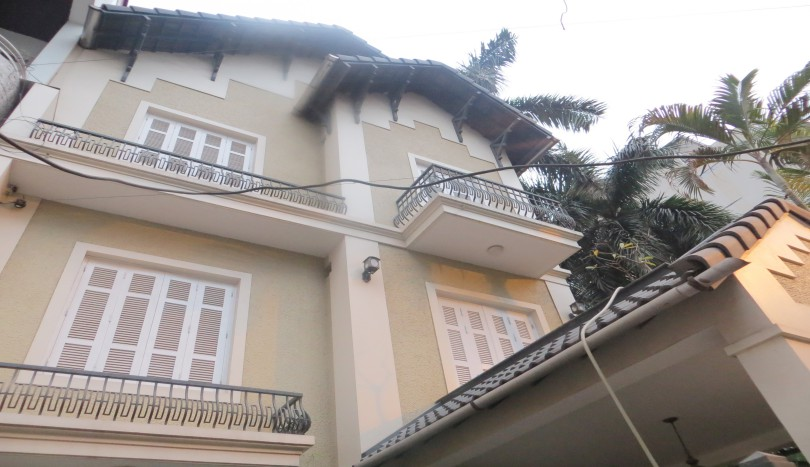 Hanoi house for rent in Tay Ho, 4 bedrooms furnished