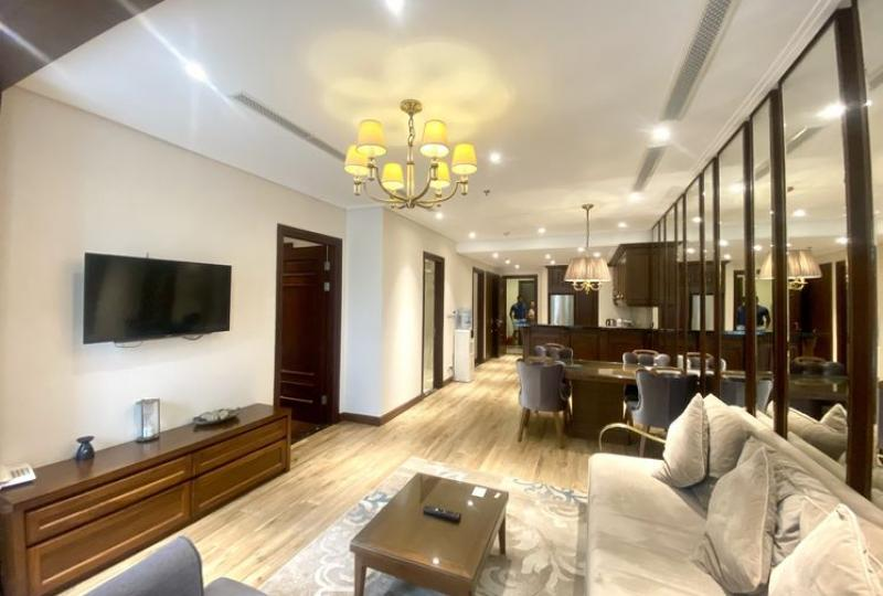 High end 2 bedroom apartment in Hoan Kiem, rent with furnished