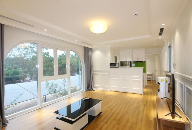 Him Lam Thach Ban 2 bedroom apartment rental in Long Bien