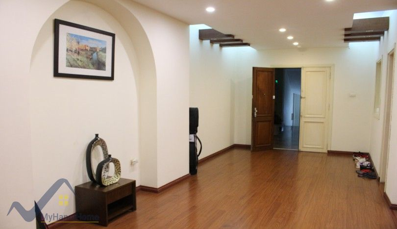 Hoan Kiem apartment rental with 1 bedroom furnished
