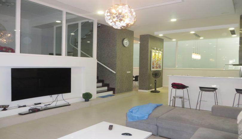 House for rent in Long Bien - Vinhomes Riverside, 4 beds