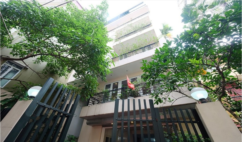 House for rent in Tay Ho, Hanoi with partly furnished