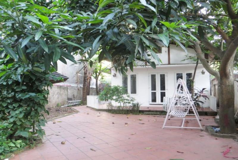 House for rent in Tay Ho with 1 floor, 2 bedrooms