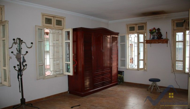 House in Long Bien district for rent near AEON mall