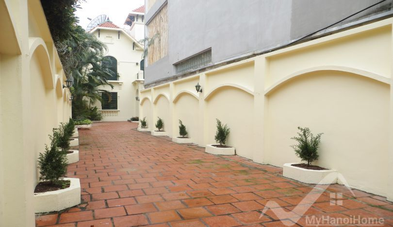 House in Tay Ho for rent, swimming pool and 4 bedrooms