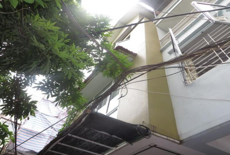 House to rent on Dang Thai Mai, 4 bedrooms in Tay Ho