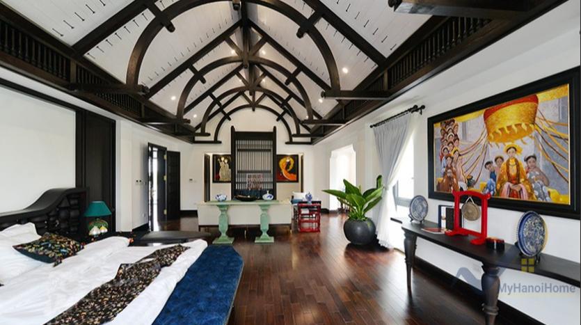 huge-garden-detached-villa-rent-in-vinhomes-riverside-hanoi-2