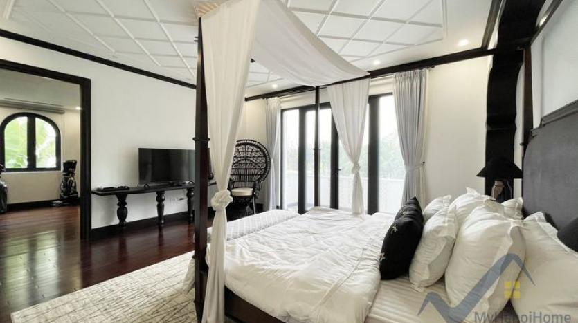 huge-garden-detached-villa-rent-in-vinhomes-riverside-hanoi-24