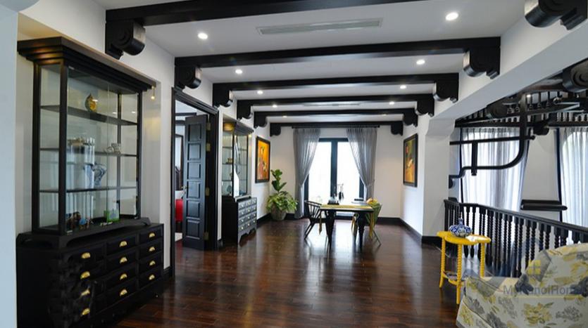 huge-garden-detached-villa-rent-in-vinhomes-riverside-hanoi