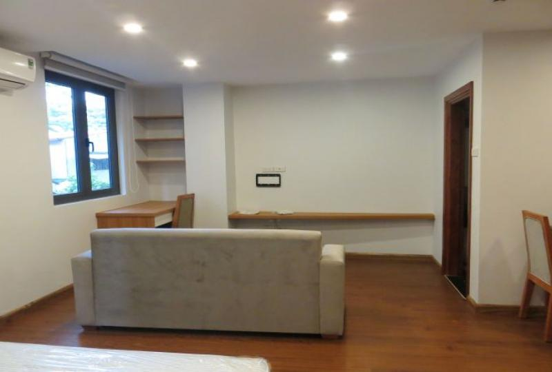 Ideal location in Truc Bach lake, Studio apartment for rent