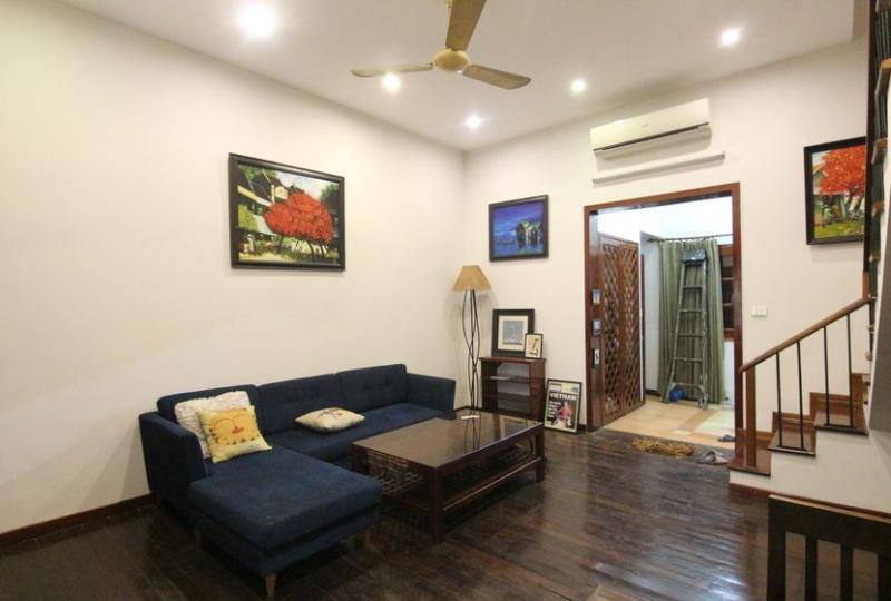 Rent duplex 2 bedroom apartment in Hoan Kiem Hanoi