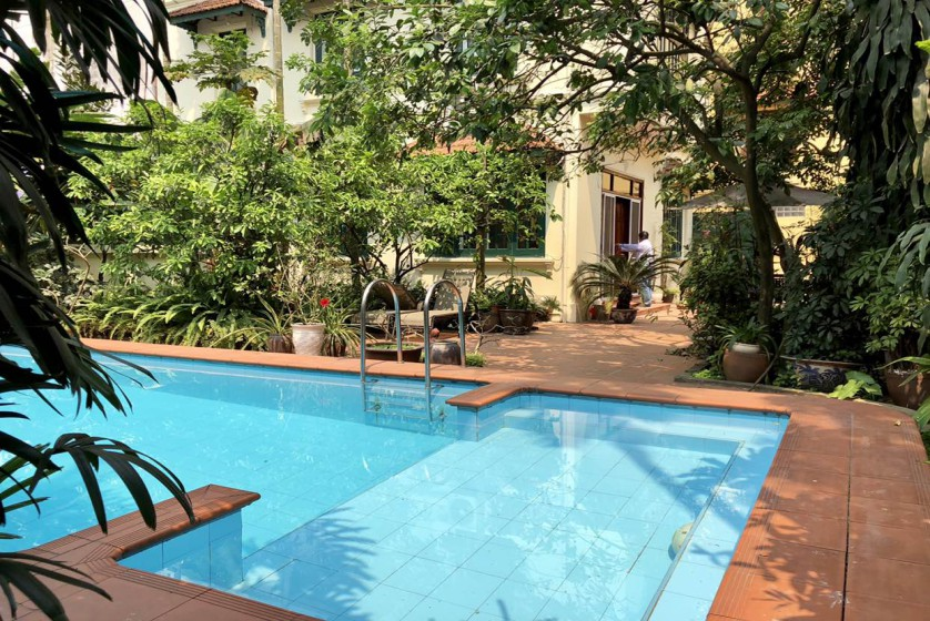 Indoor swimming pool, unfurnished house to rent in Tay Ho