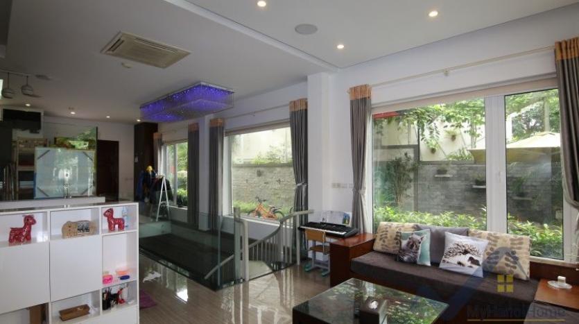 indoor-swimming-pool-vinhomes-riversie-villa-for-rent-with-4-beds-8