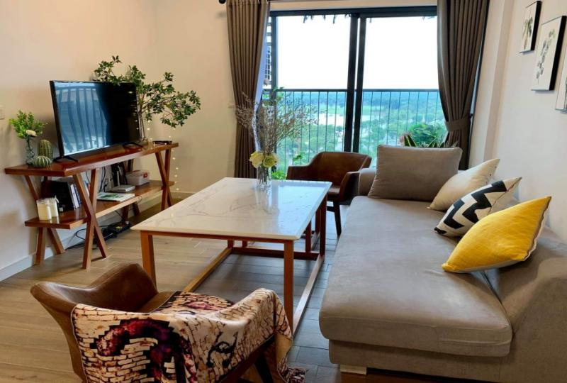 Lake view 2 bedroom apartment to rent in West Bay Ecopark