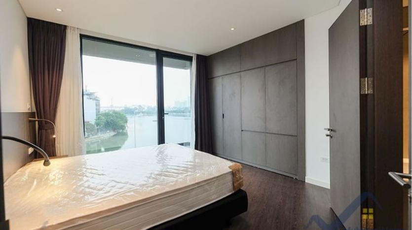 lake-view-apartment-for-rent-truc-bach-hanoi-2-bedrooms-11