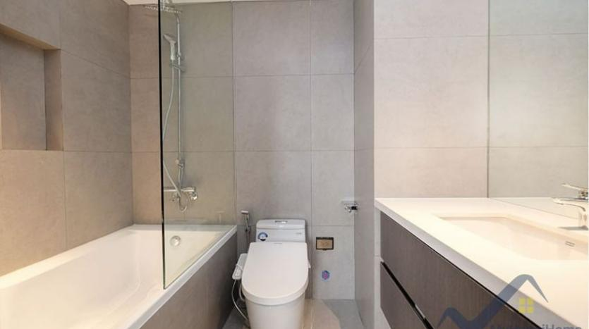 lake-view-apartment-for-rent-truc-bach-hanoi-2-bedrooms-13
