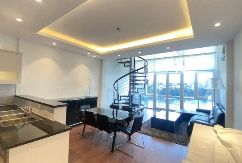Lake view duplex apartment in Truc Bach Hanoi to rent