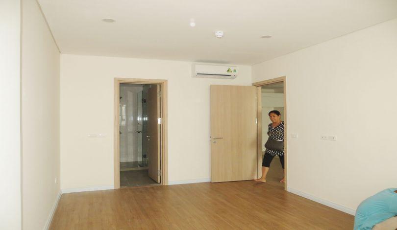 Lake View Mipec Riverside 2 Bedroom Apartment To Rent Long Bien