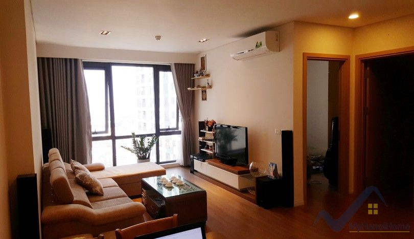 Lake view Mipec Riverside apartment to rent 2 bedrooms furnished
