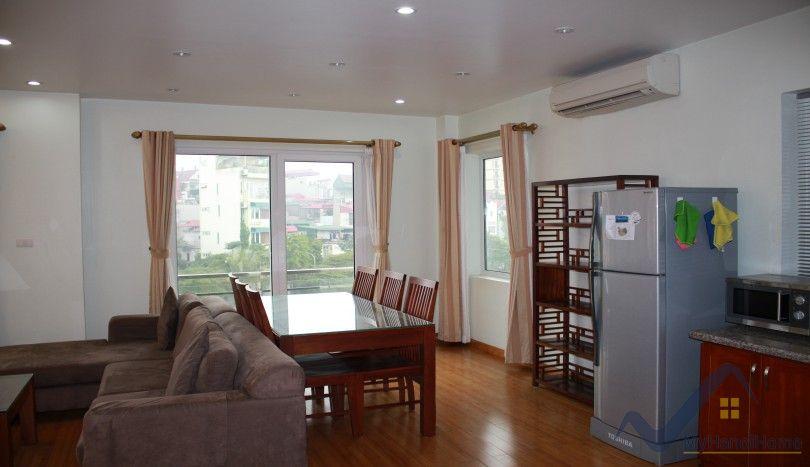 Lake view one bedroom rental apartment in Tay Ho Yen Phu