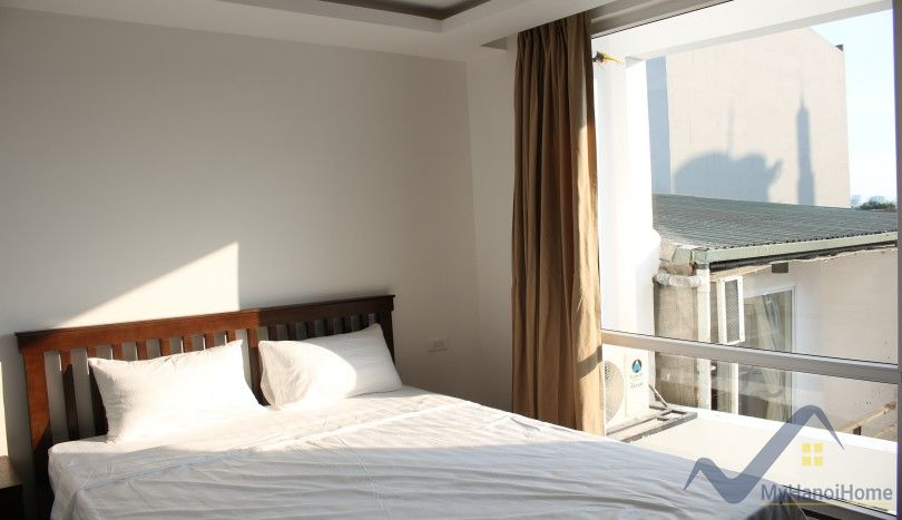 Large balcony 3 bedroom apartment in Nghi Tam village Tay Ho