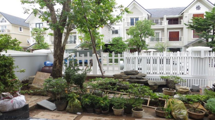 large-garden-detached-villa-for-rent-in-vinhomes-riverside-28