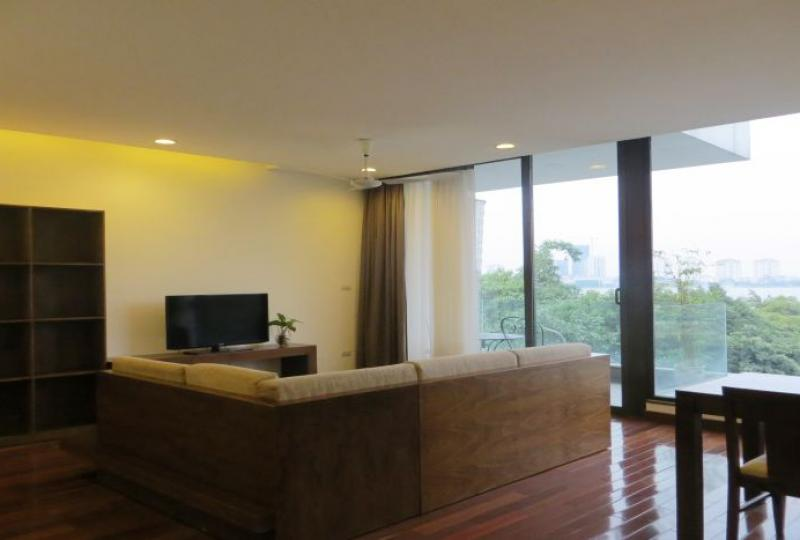 Large lake view 2 bedroom apartment in Tay Ho, Xom Chua
