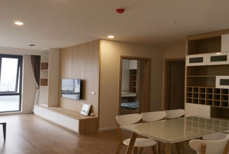 Long Bien furnished 3 bedroom apartment to let in Mipec Riverside
