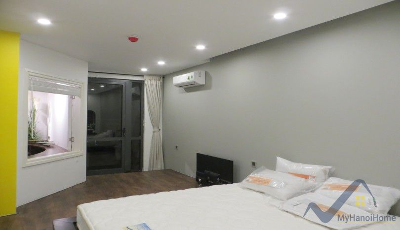 Luxury two bedroom apartment in Mipec Riverside Red river view