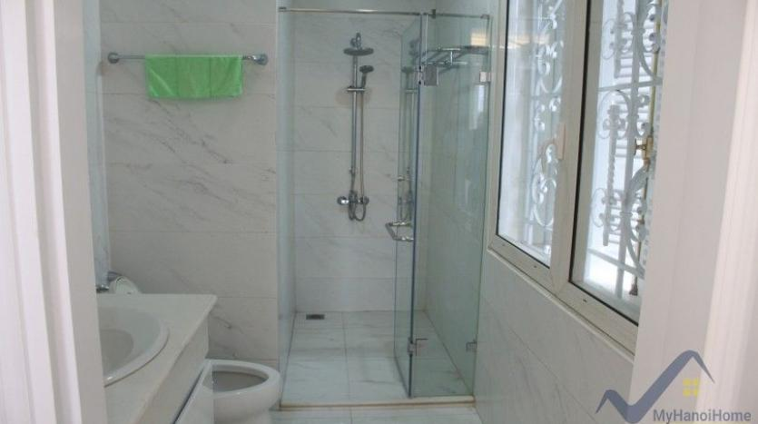 luxury-vinhomes-riverside-villas-rental-near-jura-park-4-bedrooms-14