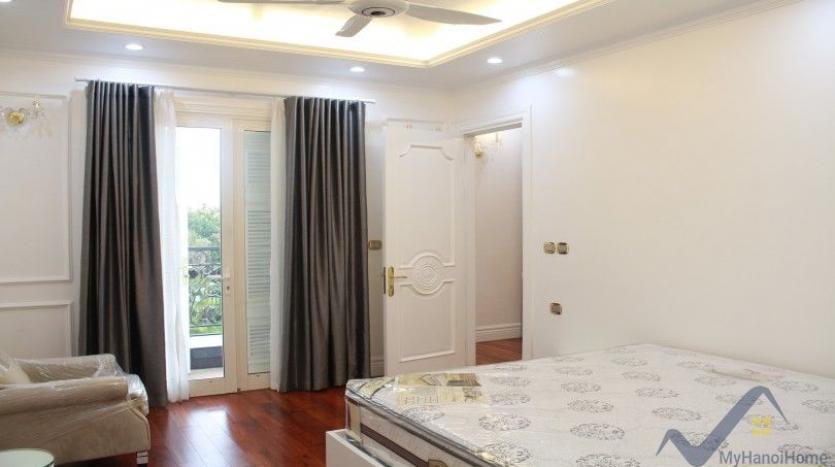 luxury-vinhomes-riverside-villas-rental-near-jura-park-4-bedrooms-15